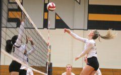 Klein Oak wins 5-set Thriller over Cypress Falls in Volleyball Season Opener