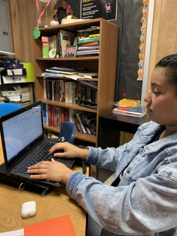 Senior Laila Henry works on a project about Sojourner Truth  during the Slave Rebellion. The new African American Studies class in one way students can explore history of a select group of people.
