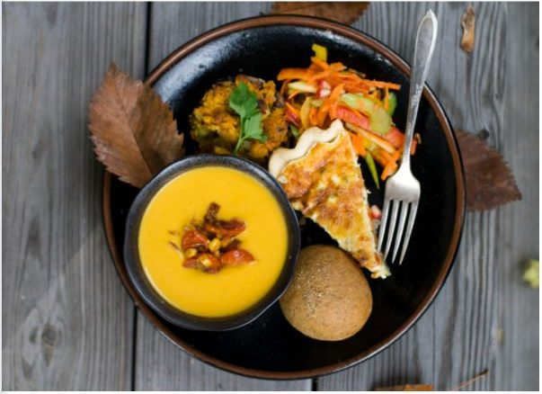 """A vegetarian version of the classic Thanksgiving meal is a little harder to make and get ingredients for but it can be done. According to VegNews, nearly one-third of Americans were considering having a meatless Thanksgiving in 2019. """"I'm so excited to try out vegetarian Thanksgiving recipes I have found online,"""" senior Jaylin Ynigues said."""